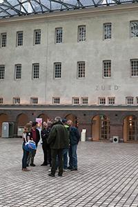Op-de-binnenplaats-van-het-museum